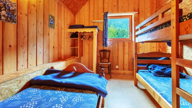 Evasion au Naturel chambre bleue gd chalet séjour crossfit en chartreuse