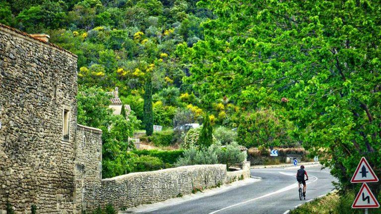 Séjour CrossFit en Ardèche-vélo-route-outdoor