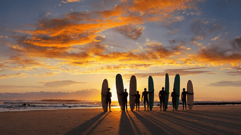 S-Camp capture Istock Surf Sunset 960x540