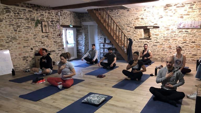 Seance de yoga en Normandie