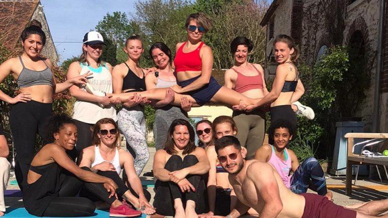 Vacances sportives pour adultes groupe de femme séjour Pole Dance Pole Camp